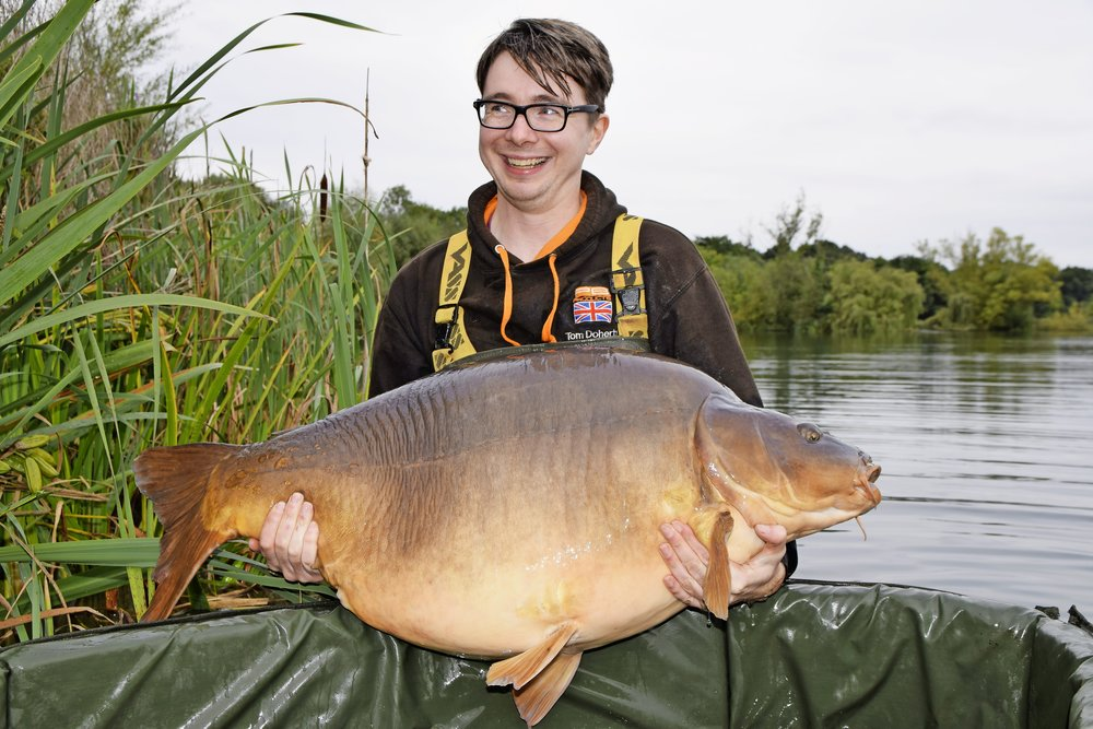 Tom Doherty with Big Rig, the Avenue mirror, at 69lb 3oz. But it won't be a record.