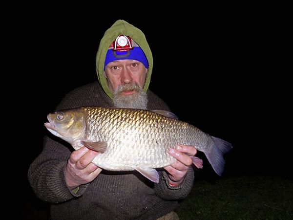 Neil Wayte's 7lb 5oz chub from the Thames