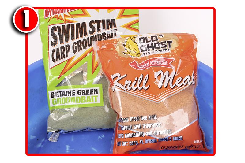 Into a bait bowl add three parts of Dynamite Baits' Swim Stim Green groundbait to          one part Krill powder. Mix it up dry to start with.