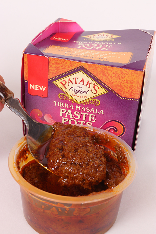 Ready-made Tikka paste is ideal for flavouring winter barbel baits.jpg
