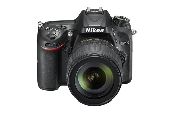 Nikon D7200 front top.jpg