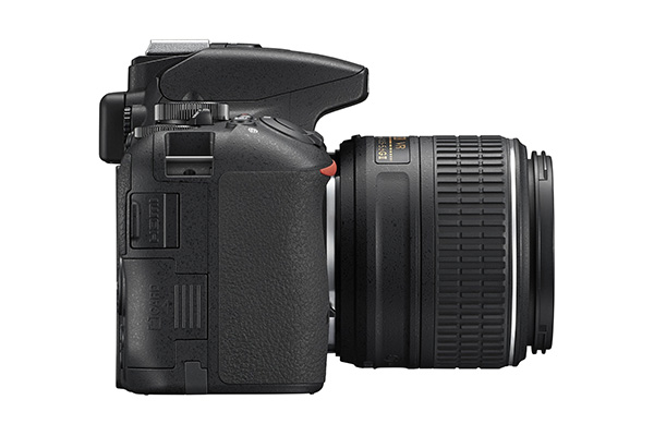 Nikon D5500 side 2.jpg