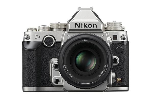 Nikon df front.jpg