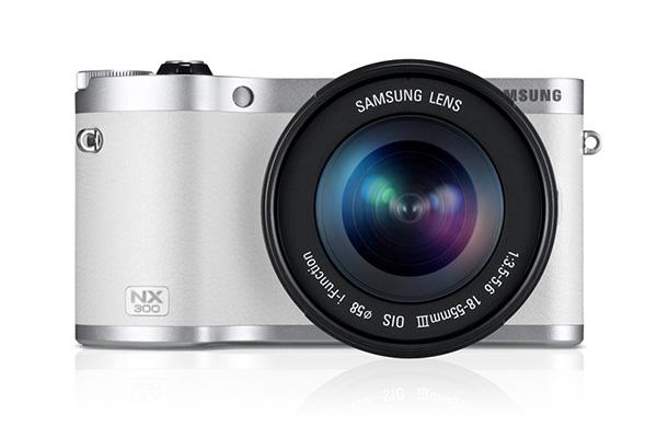 Samsung NX300 front.jpg