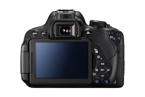 EOS 700D BCK LCD VISIBLE.jpg