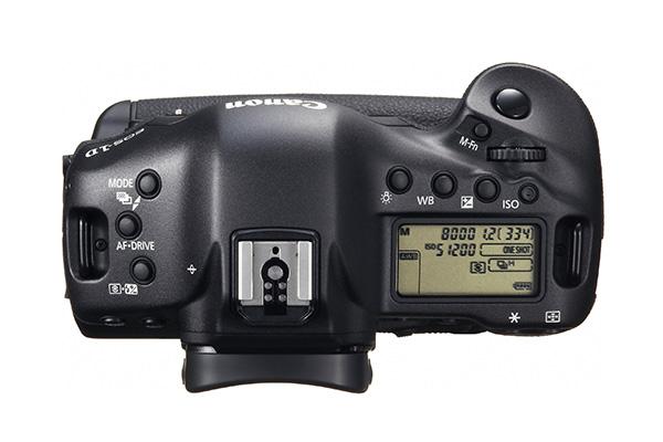 4_EOS-1D X_bodyonly_top_EUR.jpg