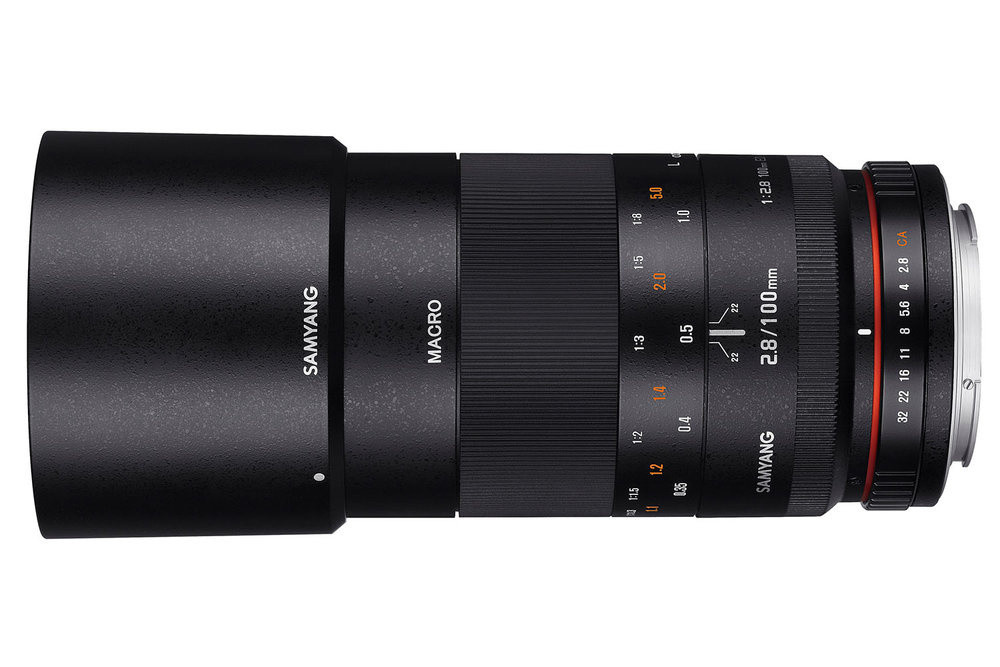 The fully manual Samyang 100mm F/2.8 ED UMC Macro