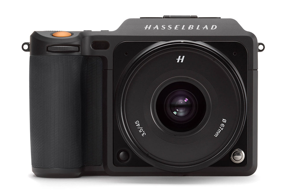 The mirrorless medium-format Hasselblad X1D-50c