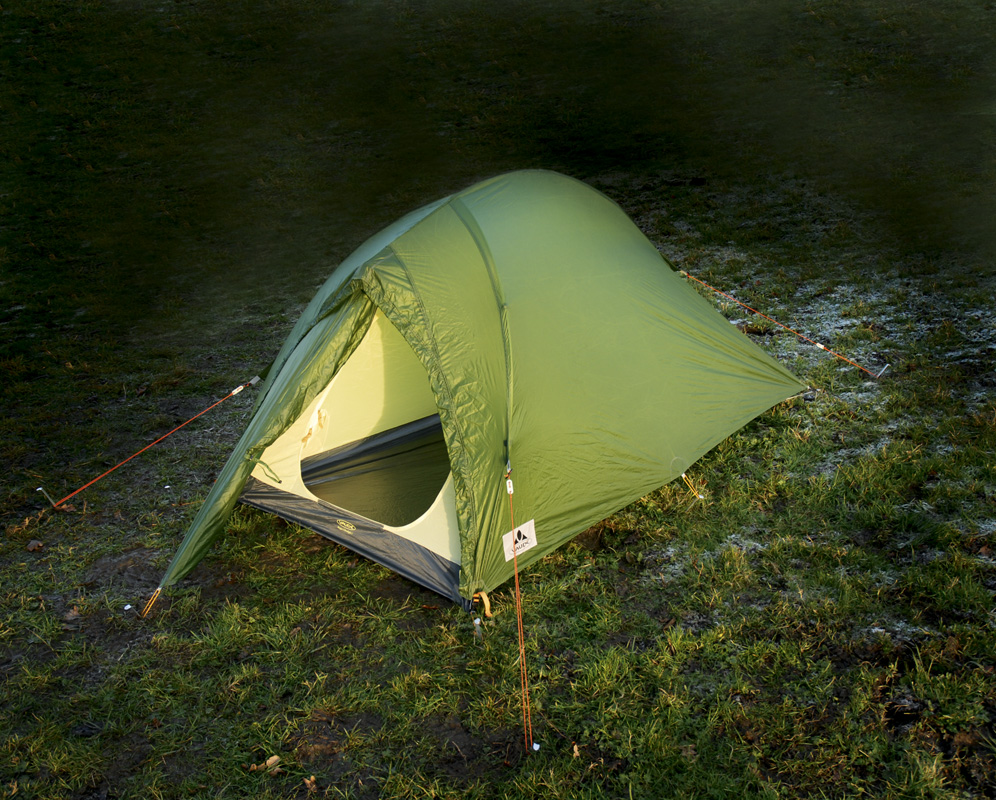 Review by Peter Macfarlane First published in Trail magazine March 2009 & Vaude Hogan Ultralight 1 2009 u2014 Live for the Outdoors
