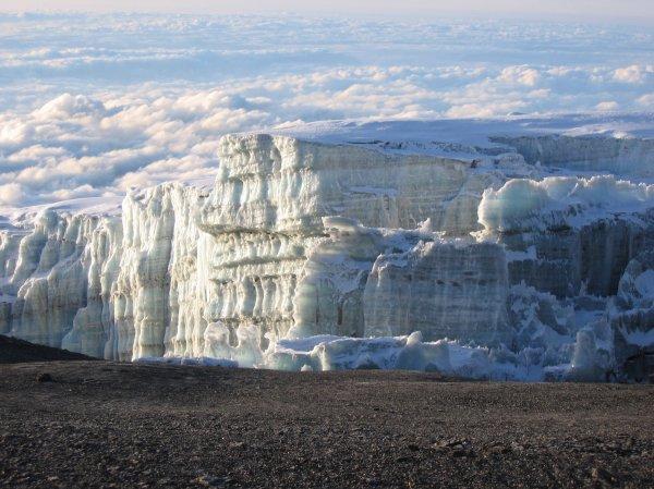 Glaciers%20in%20Mount%20Kilimanjaro.jpg
