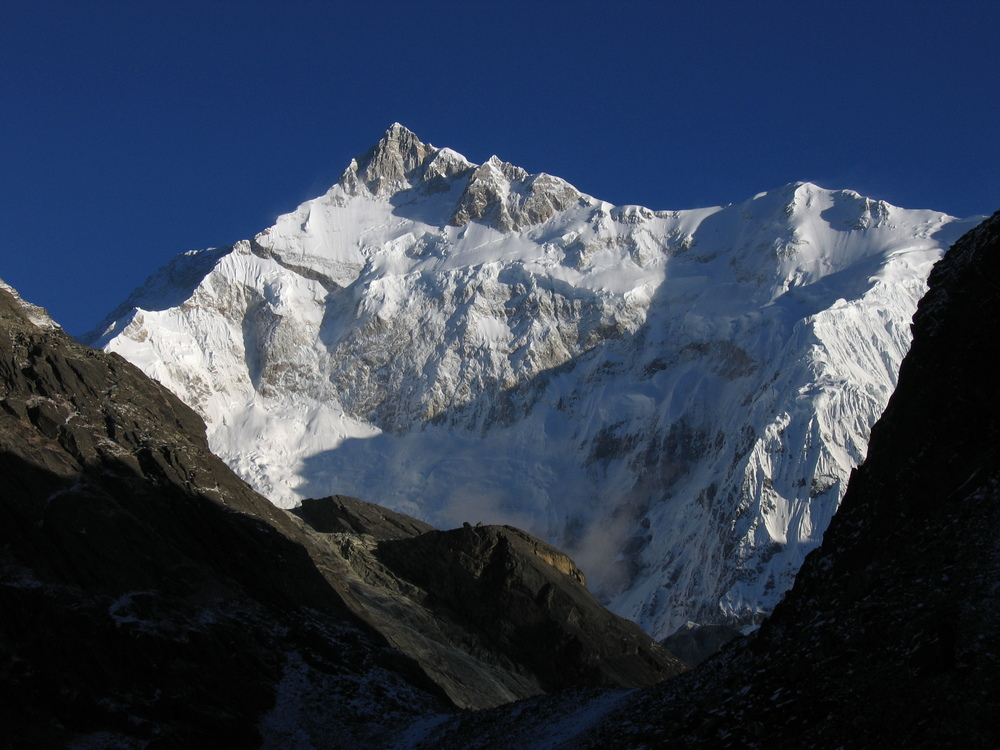 The%20East%20Face%20of%20Kangchenjunga%20by%20Ashinpt%20%20.jpg