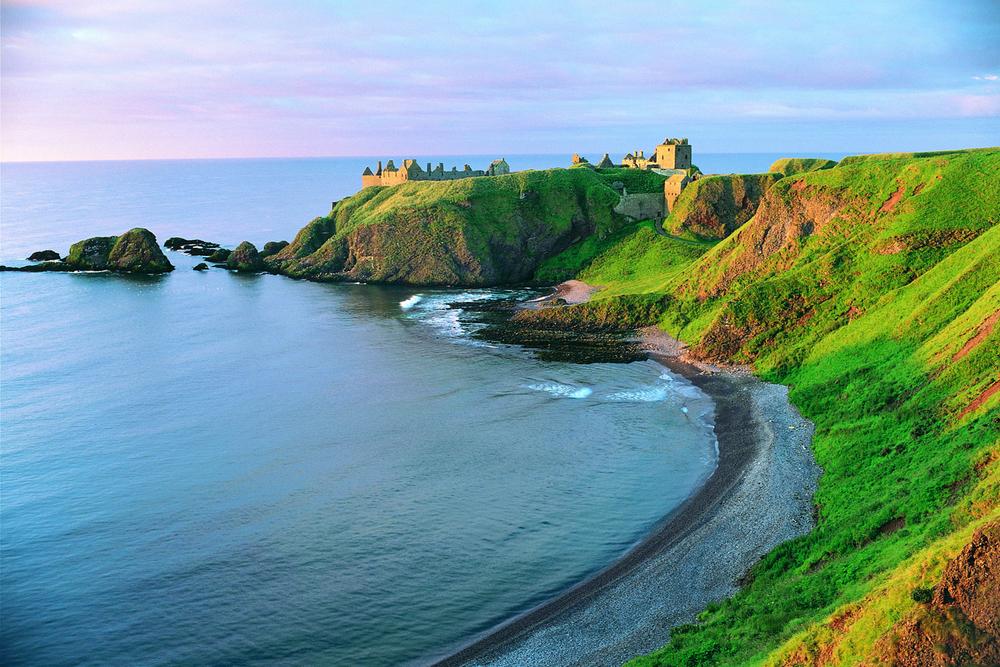 Aberdeen%20Grampian%20dunnottar_castle.jpg