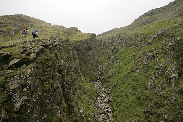 Piers%20Gill%20on%20Scafell%20Pikes4w.jpg