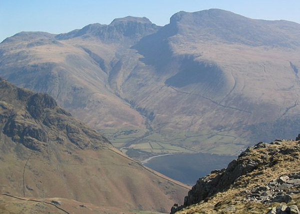 Scafell%20and%20Scafell%20Pike%20Ann%20Bowkers4w.jpg