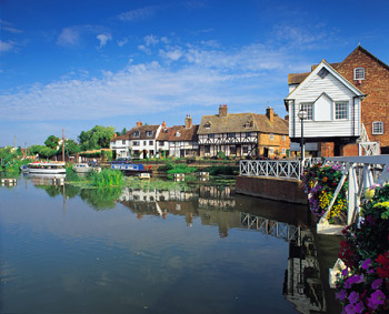 The%20riverfront%20at%20Tewkesbury.jpg