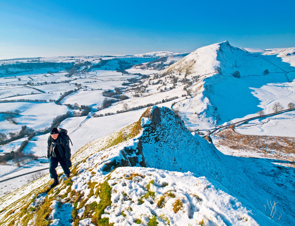 Climbing Parkhouse Hill in the Peak District, with Chrome Hill beyond. Photo: Shoults /  Alamy