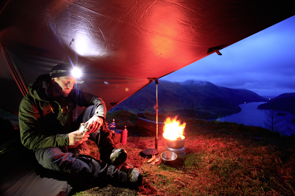 037Just the Tragia stove for company Raven Crag Thirlmere Lake District.JPG