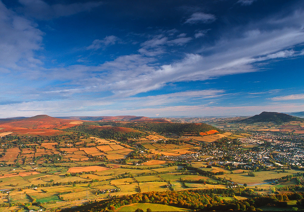 Blorenge-view-A1HP65-The-Photolibrary-Wales-Alamy.jpg