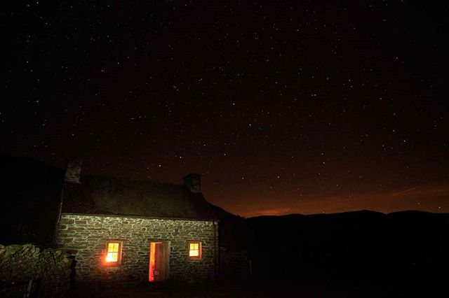 Have you ever spent the night in a bothy? These simple, converted huts provide life-saving shelter and make for a great overnight in the hills. See the latest issue for our top tips on how to keep them in good nick and make the best of a bothy night.  #travel #landscape #photooftheday #health #fitness #nature #mountains #mountain #outdoors #life #getoutside #photography #uk #walking #adventure #keepmoving #hillwalking #visitbritain #europe #explore_britain #greatbritain #countryside #lovegreatbritain #wheresyoureverest #everestanywhere #bothy #wildcamp