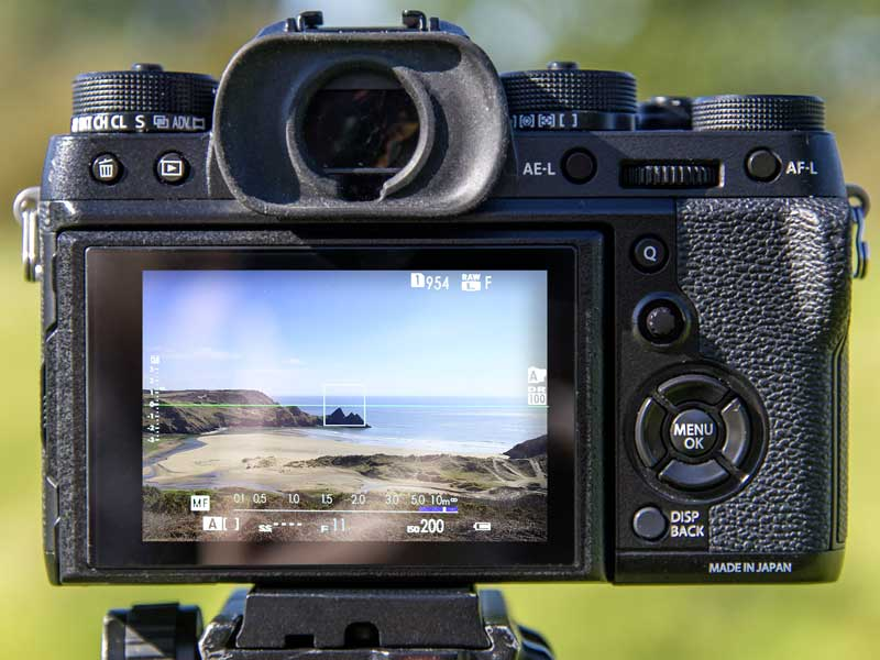 Use Live View: Many Fujifilm X-Series cameras come with a built-in electronic level that makes it easy to get a straight horizon.