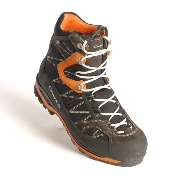 862b675554b Test of the best  4-season walking boots — Live for the Outdoors