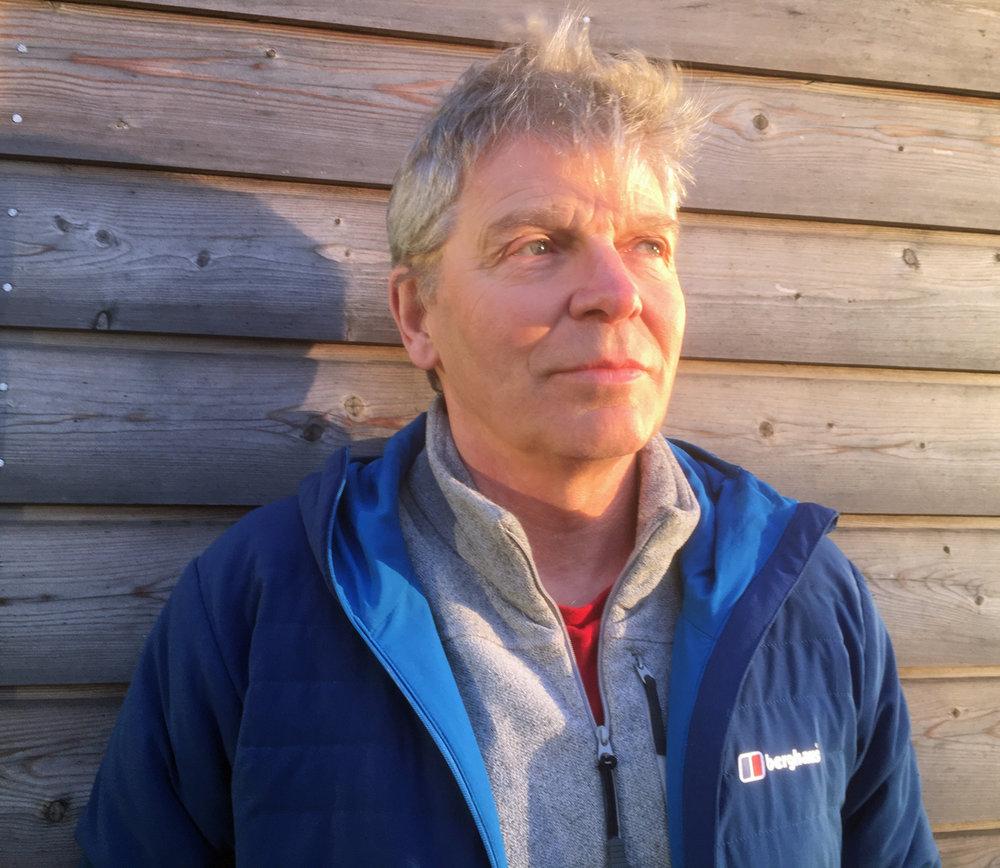 Mick Fowler h&s.jpg