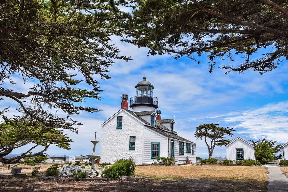 Pacific Grove - Point Pinos Lighthouse
