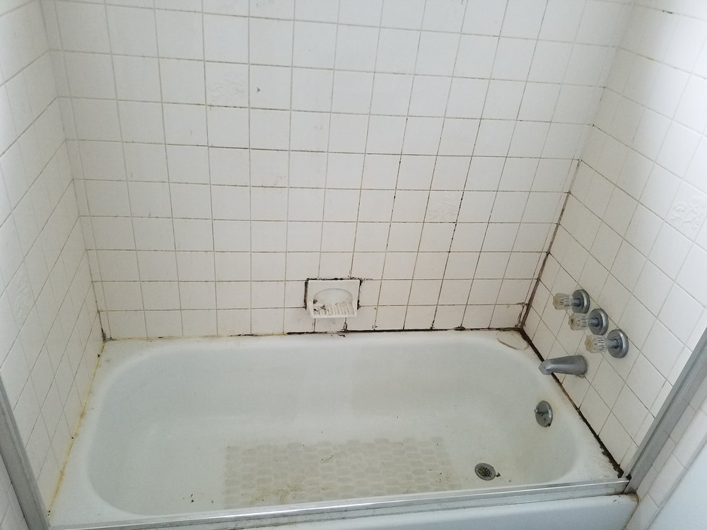 Bon Unfortunately, The Years Weu0027re Not Kind To This Bathtub And The Grout Had  Become Stained. Regular Cleaning Just Wasnu0027t Enough. Fortunately,  Restoration Tile ...