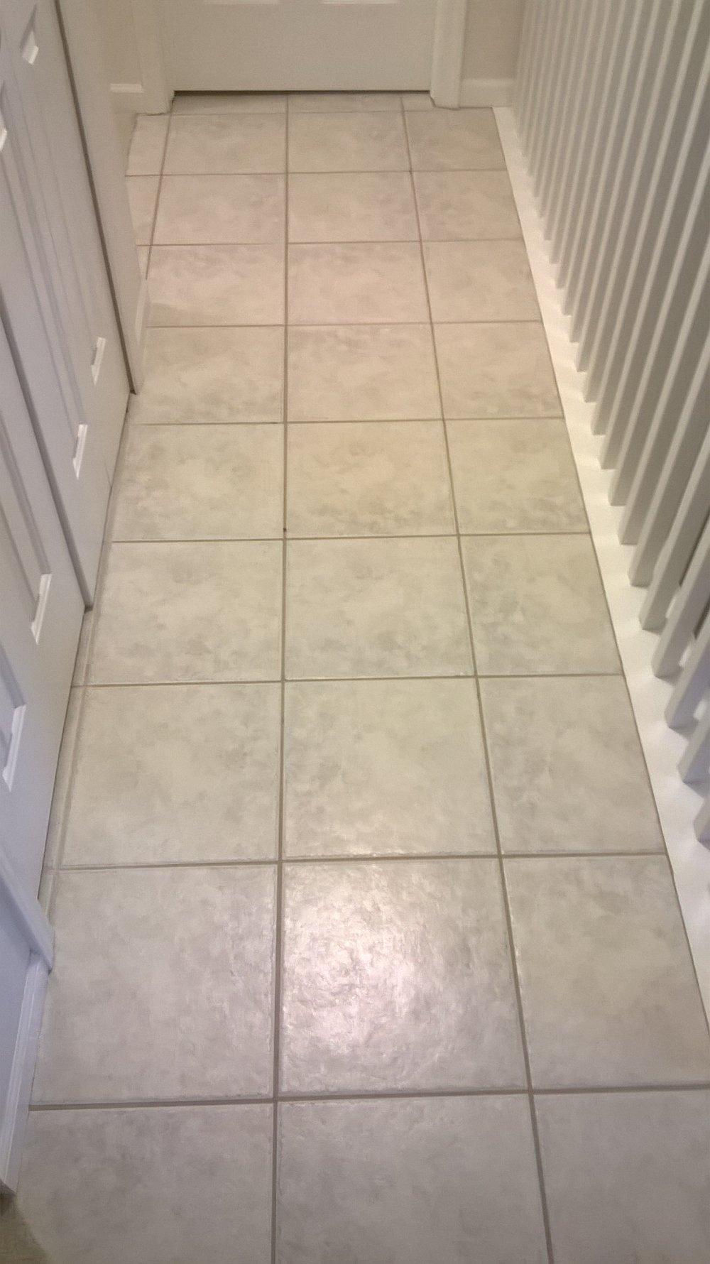 hallwaybefore1.jpg