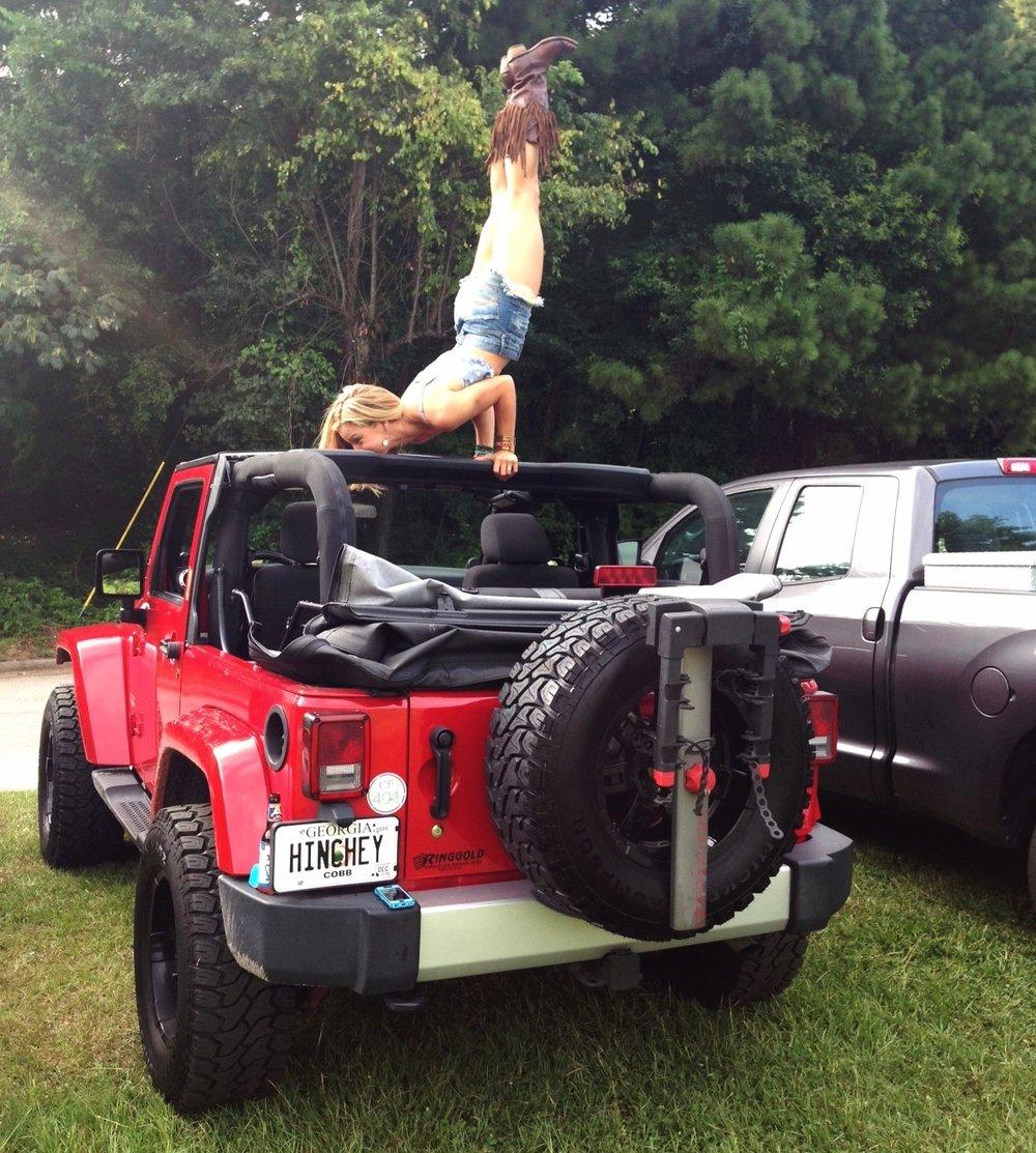 Jeep Handstand