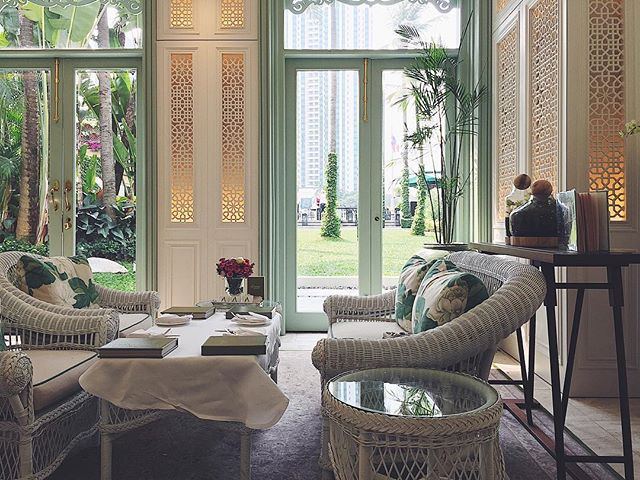 Sunday afternoon tea at @mo_bangkok @mo_hotels in #Bangkok