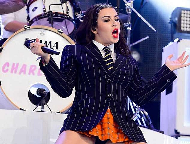 Charli XCX, Glastonbury 2015