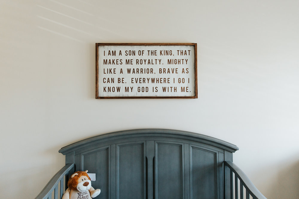 nursery details, crib and wall decor - Barrie Lifestyle Photography
