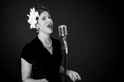 Jane Ogle sings Billie Holiday