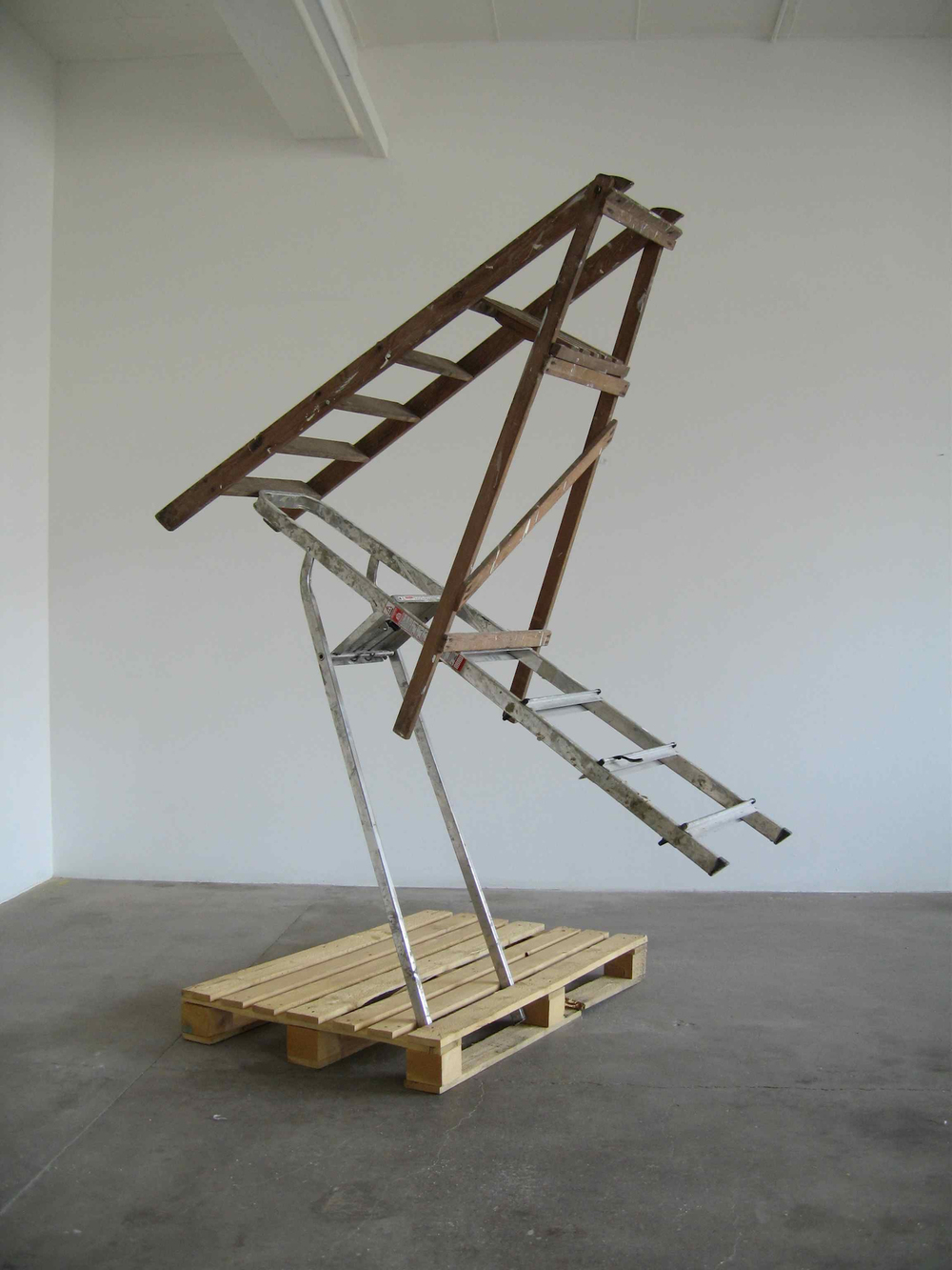 untitled2005(pallet,steps)e.jpeg