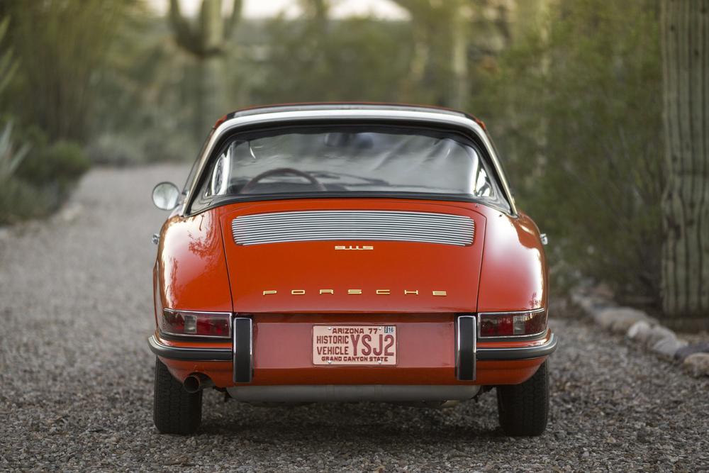 AZ16_r105 - 1968 Porsche 911 S Targa (7).jpg