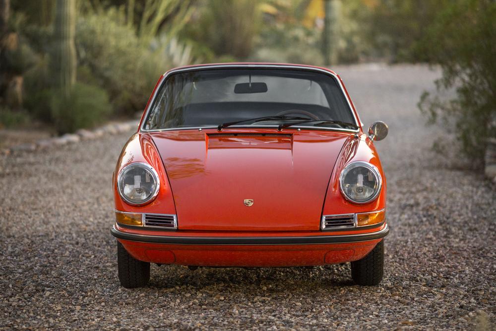 AZ16_r105 - 1968 Porsche 911 S Targa (25).jpg