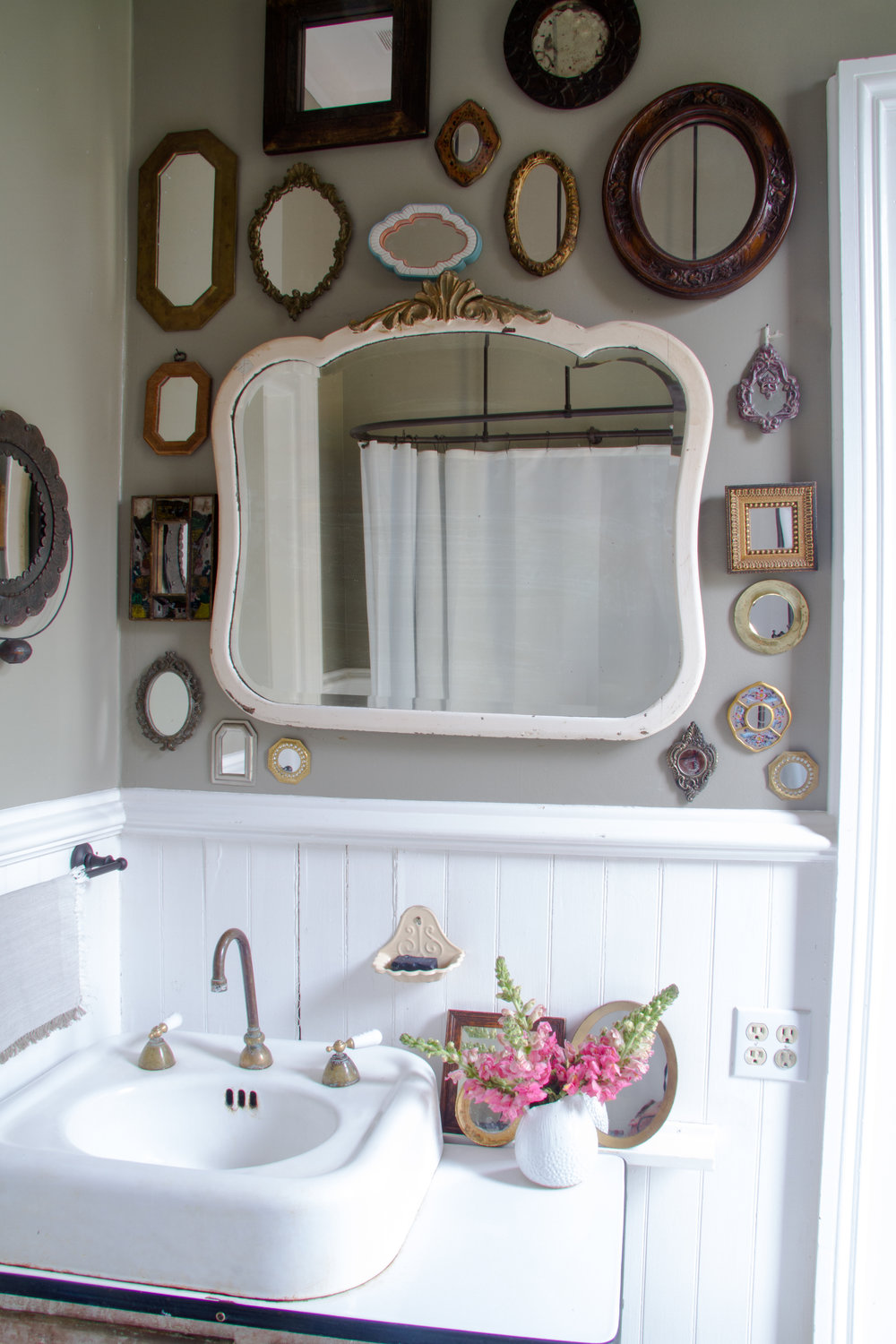(11/21) The family bathroom with a mirror collection that will eventually cover all of the walls.