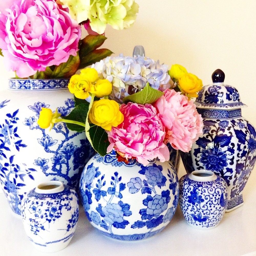 CHINOISERIE VESSELS
