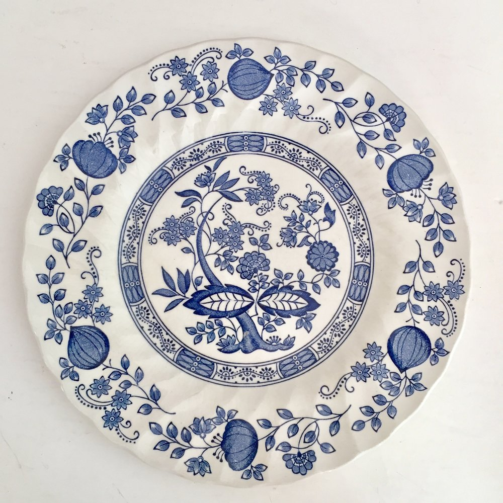 BLUE ONION MYOTT MEAKIN PLATES  sc 1 st  The Vintage Laundry : blue onion dinnerware - Pezcame.Com