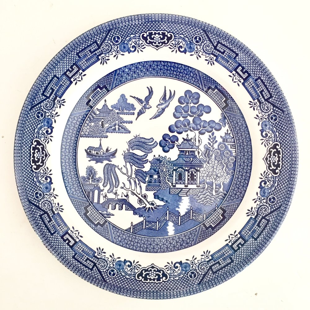 CHURCHILL BLUE WILLOW PLATES. BLUE WILLOW DINNER PLATES  sc 1 st  The Vintage Laundry & The Vintage Laundry \u2014 CHURCHILL BLUE WILLOW PLATES