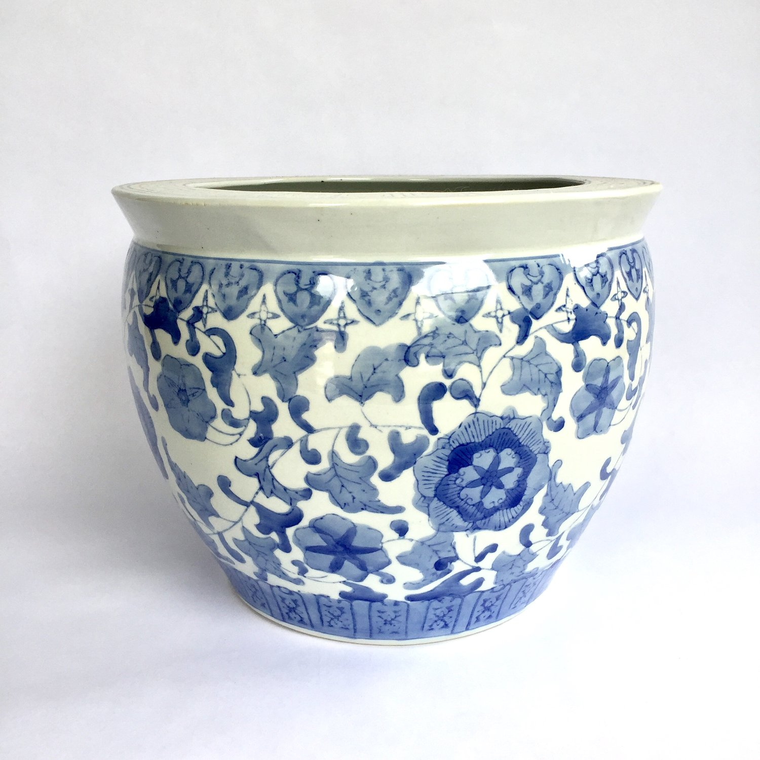 The Vintage Laundry Medium Blue And White Chinoiserie Planter