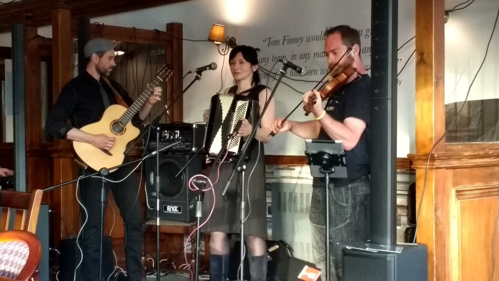 Penwortham LIVE 2018 with Matt Steady joining The Lewinskies with violin.