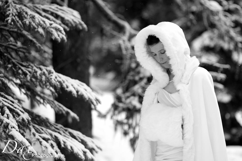 wpid-Wedding-trash-the-dress-Winter-1.jpg