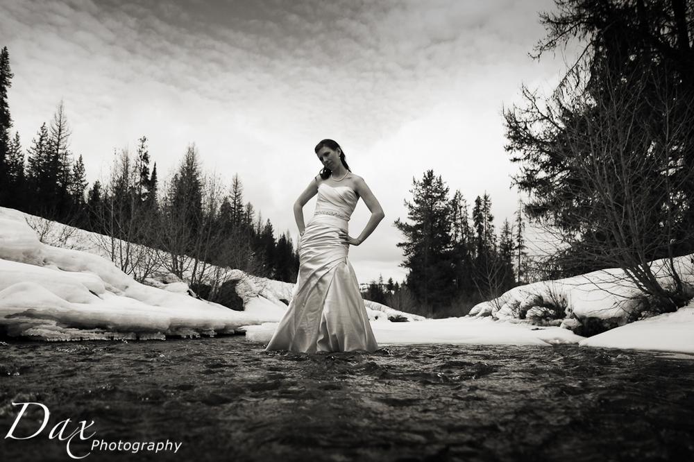 wpid-Wedding-trash-the-dress-Winter-5.jpg