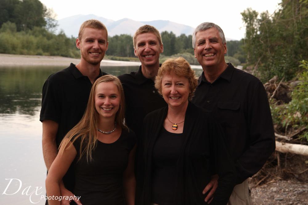 wpid-Missoula-Family-Portrait-2061.jpg
