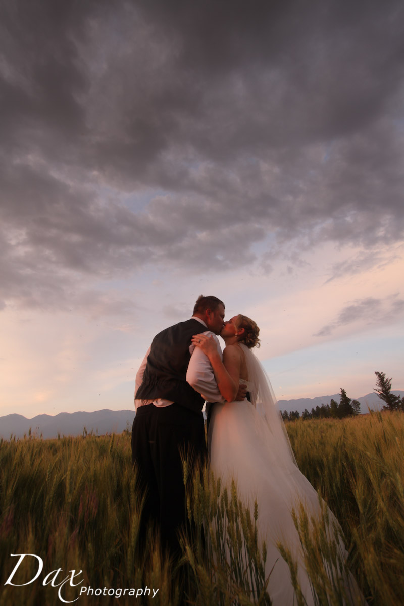 wpid-Kalispell-Montana-Wedding-Photo-7710.jpg