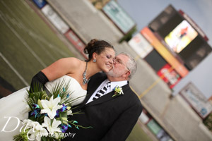wpid-Missoula-wedding-photography-UM-Washington-Grizzly-Stadium-Dax-photographers-4965.jpg