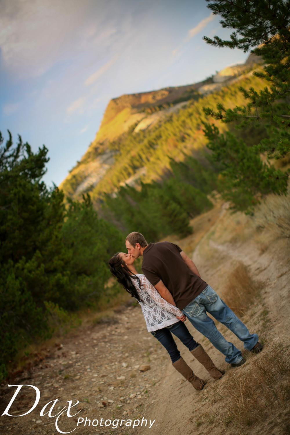 wpid-Montana-photographer-Engagement-Portrait-45471.jpg