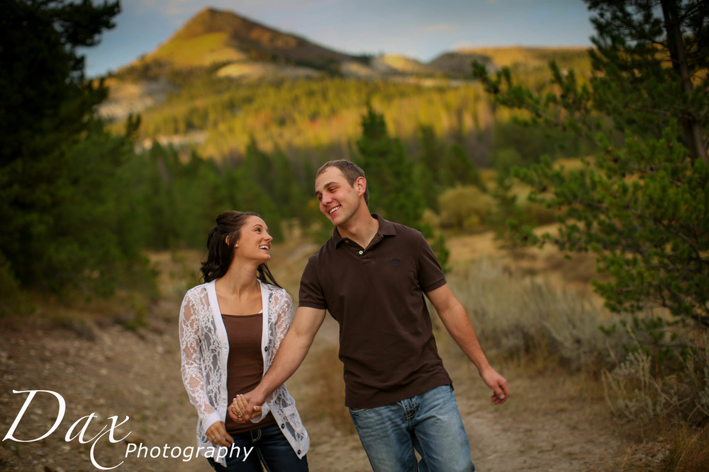 wpid-Montana-photographer-Engagement-Portrait-45821.jpg